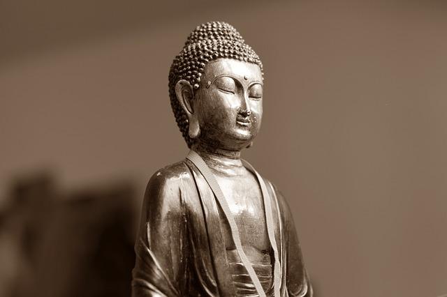 Hoe moet je mediteren? Uitleg Vipassana Meditatie.
