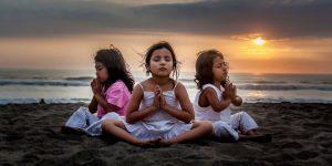 kinderen-mediteren-fairmail